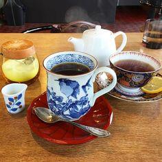 カフェの飲み物からも湯気が立つ季節になりました 今日のカップも素敵です  #cafe #coffee #tea
