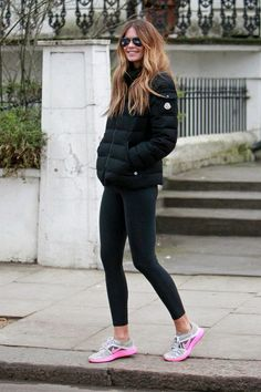 Elle Macphearson definitely knows how to dress for the gym #style