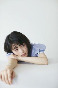 はやく見たいとか つぶやいてミルク。: アーカイブ Girl Photography Poses, Film Photography, Anatomy For Artists, Girl Short Hair, Beach Wear, Female Poses, Prom Makeup, Japanese Beauty, Portrait Photo