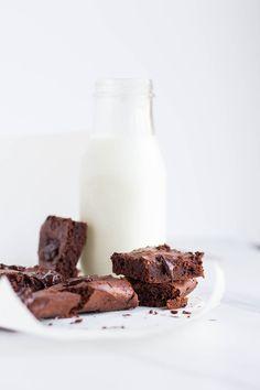 2 ingredient brownies (gf)