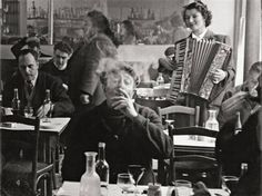 Rue tiquetonne paris 1952 just look at the frenchness in the way he smokes...lol
