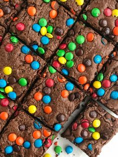 Chocolate fudge brownie cookie bars are everything you love about fudgey brownies but with the texture of a cookie bar! M M Brownies, Chocolate Fudge Brownies, Homemade Brownies, Chocolate Desserts, Cheesecake Brownies, Mint Chocolate, Chocolate Chips, Brownie Recipes, Cookie Recipes