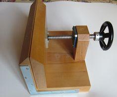 Encuadernalia: Maquinaria para encuadernar. PRENSA DE DORAR
