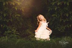 Maddie by Tori Gansen on 500px - Child photography - golden hour - Canon 135L