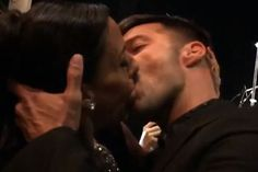Female Fan Pays $90000 To Kiss Latin Gay Singer Ricky Martins. (Photo)