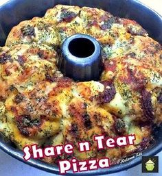 Share n Tear Pizza. An easy recipe and always a hit! #pizza #bread #easyrecipe