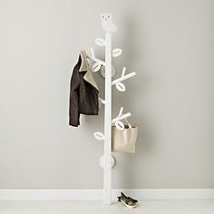 Constructed from sturdy poplar and available with either a bird or an owl on top, our Clothes tree provides a great way to hang your family's coats and bags. It's also a much better option than throwing your clothes into that tree on your front lawn.