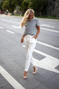 Outfit / Streetstyle: Striped Espirit top, White Mango pants