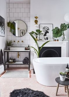 House renovation: Five-bedroom Victorian semi-detached house in Forest Hill, London Bad Inspiration, Bathroom Inspiration, Interior Inspiration, Interior Design Masters, Interior Decorating, Decorating Ideas, Bathroom Interior, Modern Bathroom, Design Bathroom