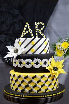"- Made for the magazine ""Cake Art Dekor"" Geometrical weddingcake"