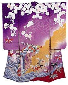 Google Image Result for http://int.kateigaho.com/mar04/images/antiques-textiles-kimono2.jpg