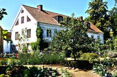 himlamycketsverige skriver om Mandelmanns trädgårdar.
