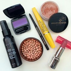 Our go-to summer makeup look is all about a bronze glow, a neutral rose lip and a bold eye! #FOTD