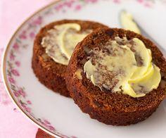 Date and walnut roll recipe Preheat oven to or fan. Grease two x nut roll pans. Preheat oven to or fan. Grease two x nut roll pans. Loaf Recipes, Baking Recipes, Cake Recipes, Dessert Recipes, Desserts, Baking Ideas, Raisin Recipes, Date And Walnut Loaf, Walnut Cake