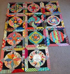 Circle Game Quilt / in progress work that is a mix of both hand and machine piecing by Sharon of Lilabelle Lane Creations