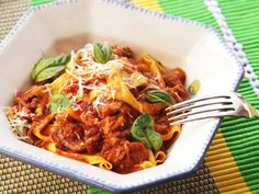 Meet Ragù Napoletano, Neapolitan-Style Italian Meat Sauce With Pork, Beef, and Sausage | Serious Eats