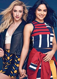 Camila Mendes with Lili Reinhart at Photoshoot for Seventeen Mexico, November 2017 Riverdale Poster, Bughead Riverdale, Riverdale Funny, Riverdale Memes, Riverdale Veronica, Betty Cooper, Vanessa Morgan, Camila Mendes Photoshoot, Lili Reinhart