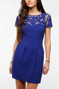 Pins And Needles Embroidered Mesh Crepe Dress - Urban Outfitters Estilo Fashion, Ideias Fashion, Vestidos Azul Royal, Urban Outfitters, Marine Uniform, Royal Blue Dresses, Urban Dresses, Crepe Dress, Swagg