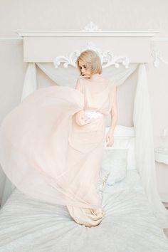 свадебные платья , платья , невеста , кружево , шелк , шифон , Wedding dresses, bride, lace, silk, chiffon