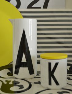 Black and white, design letters mug and vase / carafe