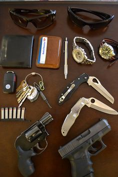 A LEO in California. Some combo of these items: Oakley Hyjinx or Oakley Eye Patch 2 Flat Badge Wallet w/ PD ID and business cards Saddleback Leather ID wallet in Tobacco Brown Zebra pen Citizen Eco-Drive SS Chrono or Seiko Black. Badge Wallet, Id Wallet, Everyday Carry Items, Military Challenge Coins, Saddleback Leather, Vw Key, Edc Bag, Nato Strap, Tactical Gear