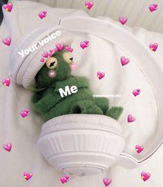 memes with hearts - memes with hearts ; memes with hearts around them ; memes with hearts emojis Crush Memes, Memes Amor, Sapo Meme, Memes Lindos, Heart Meme, Funny Memes, Hilarious, Cat Memes, Cute Love Memes