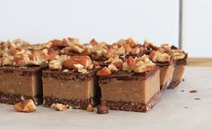 Pecan Caramel Slice (Recipe) We might be biased, but this raw pecan caramel slice rivals any traditional caramel slice!We might be biased, but this raw pecan caramel slice rivals any traditional caramel slice! Raw Vegan Desserts, Healthy Sweets, Raw Food Recipes, Dessert Recipes, Top Recipes, Healthy Baking, Recipies, Raw Caramel Slice, Chocolate Caramel Slice