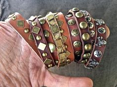 276ccm - Pinstriping, Gold Leaf/Gilding, Leathercraft and Airbrush: Leather Craft - Genuine leather bracelets