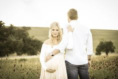 Texas Hill Country Maternity Photos