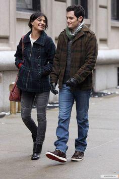 "Penn Badgley as Dan Humphrey and Jessica Szohr as Vanessa Abrams ""The Grandfather"""