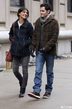 "Penn Badgley as Dan Humphrey and Jessica Szohr as Vanessa Abrams ""The Grandfather"""