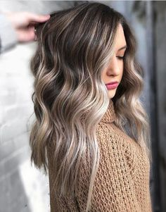 Ice Blonde Hair Colors for Winter 2020 That'll Have You Feeling Like Elsa Brown Hair Balayage, Hair Color Balayage, Cool Blonde Balayage, Bronde Haircolor, Winter Hairstyles, Pretty Hairstyles, Wavy Hairstyles, Ice Blonde Hair, Going Blonde To Brunette