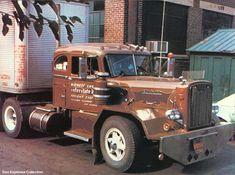 www.hankstruckpictures.com pix trucks dan_espinosa autocar_1953-01_de.jpg