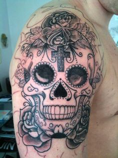 35 photos de tatouage de t te de mort mexicaine 10 - Tattoo crane mexicain ...