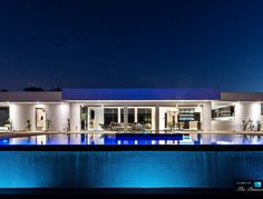 $8.9 Million Luxury Residence – 13727 Mulholland Dr, Beverly Hills, CA