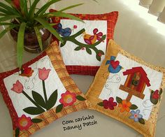 AlMoFaDas... Applique Cushions, Cute Cushions, Patchwork Pillow, Quilted Pillow, Custom Pillows, Decorative Pillows, Felt Pillow, Pillow Inspiration, Crochet Quilt