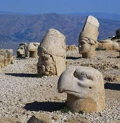 Colossal Heads at the Hierothesion of Antiochus I