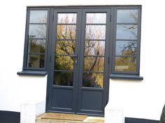 French Doors Art deco Look (Step House Window) - July 07 2019 at Double Patio Doors, French Doors Patio, Double Doors, Exterior French Doors, 1930s House Exterior, Aluminium French Doors, Aluminium Windows, Look Dark, French Windows