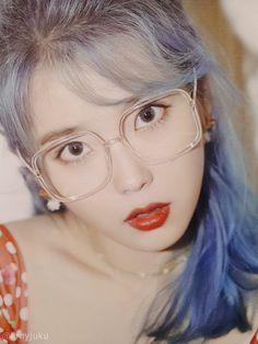 Kpop Girl Groups, Kpop Girls, Cute Girls, Cool Girl, Beauty Tips For Women, Iu Fashion, Ulzzang Girl, Face Shapes, Girl Crushes