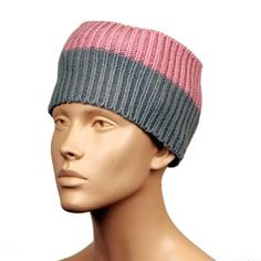 SPORT TOP  |  Dove Grey+Pink Dove Grey, Stay Warm, Merino Wool, Knitted Hats, Looks Great, Have Fun, Wraps, Beanie, Sport