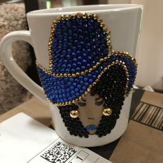 Coffee Mug Crafts, Girls With Glasses, Girl Glasses, Rhinestone Crafts, Tea Station, Mannequin Art, Glitter Cups, Wedding Glasses, Gift Wrapping Paper