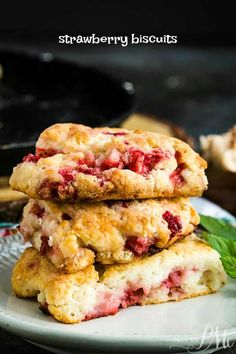 Easy, quick, buttery, tender, and flaky, Homemade Strawberry Biscuit Recipe are easy to make and perfect for brunch. #biscuit #scones #strawberry