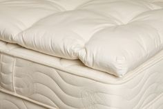 """Mattress Toppers  The Allura Natural Rubber Pillow Top (2"""") The 2""""-deep GOLS certified organic natural rubber topper offers surface softness This is made with a single core of USDA certified organic natural rubber latex sap, and covered with our signature OrganicPedic® knit quilting. The Verona Natural Rubber Pillow Top (2"""") 2"""" of GOLS certified …"""