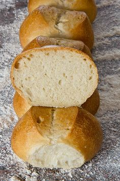 Fluffig und knusprig: Schweizer Brot