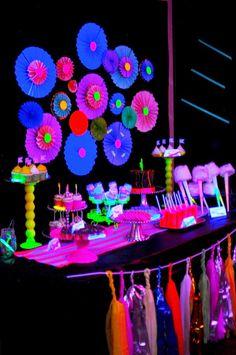 festa neon - Pesquisa Google