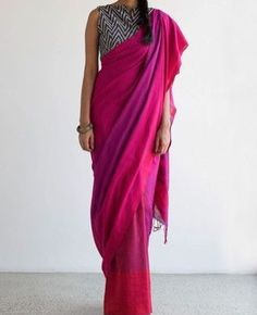 Get the ultimate guide on how to create your own designer saree blouses, with all the tops you have in your closet. Get the latest on saree drapes and new styles. All images belong to their respective owners, contact us for a credit saree Formal Saree, Casual Saree, Ethnic Fashion, Indian Fashion, Chandigarh, Simple Sarees, Saree Look, Elegant Saree, Cotton Blouses