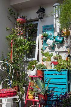 40 Basic Exterior Wall Into an Elegant Vertical Garden to Perfect Your Garden - Decoration Plante, Little Gardens, Rustic Outdoor, Balcony Garden, Backyard Patio, Porch Decorating, Plant Decor, Bohemian Decor, Interior And Exterior
