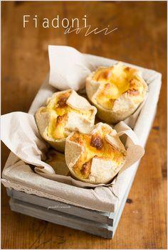 Fiadoni (o soffioni) dolci abruzzesi - Italian ricotta cakes