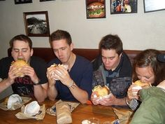 Attempting to eat a burger from Ferg #AmazingAccom #holidayhomes