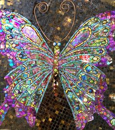 Mosaic Crafts, Mosaic Projects, Mosaic Ideas, Mosaic Glass, Glass Art, Stained Glass, Mosaic Pots, Pebble Mosaic, Mosaic Coffee Table